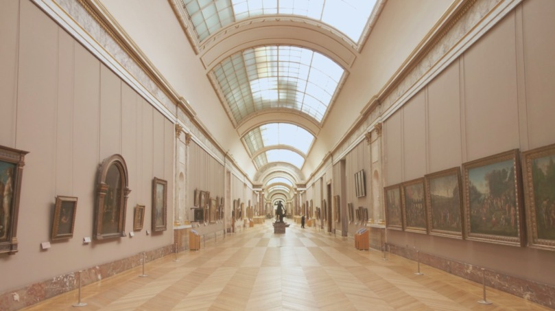 Empty Louvre hall